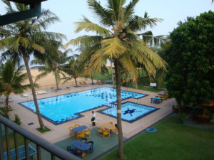 Pool of the hotel in Negombo